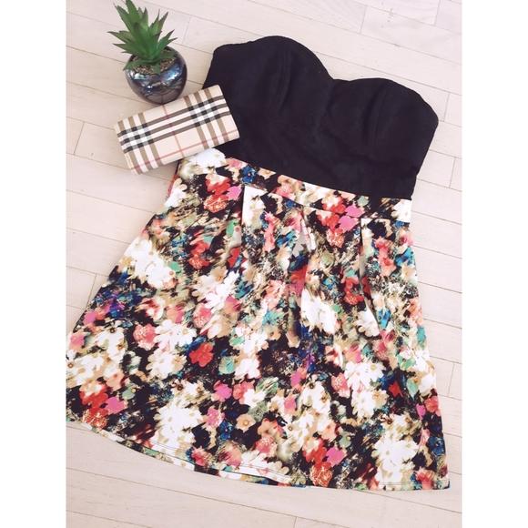 Xhilaration | Floral Lace Dress